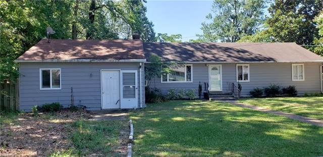 222 Woodhaven Rd, Newport News, VA 23608 (#10271815) :: Kristie Weaver, REALTOR