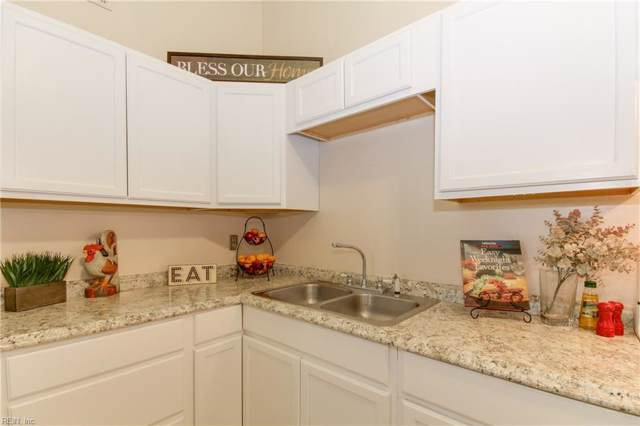 5742 Weblin Dr, Virginia Beach, VA 23462 (#10272023) :: Rocket Real Estate