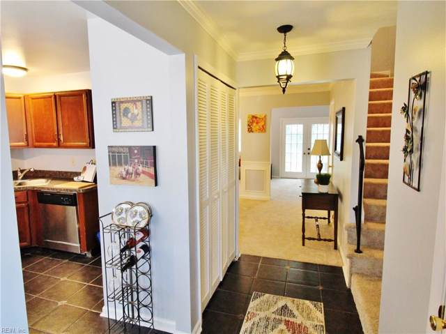 3432 Waltham Cir, Virginia Beach, VA 23452 (#10272637) :: Kristie Weaver, REALTOR