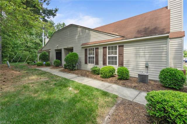 4626 Old Fox Trl #29, Chesapeake, VA 23321 (#10272921) :: Kristie Weaver, REALTOR