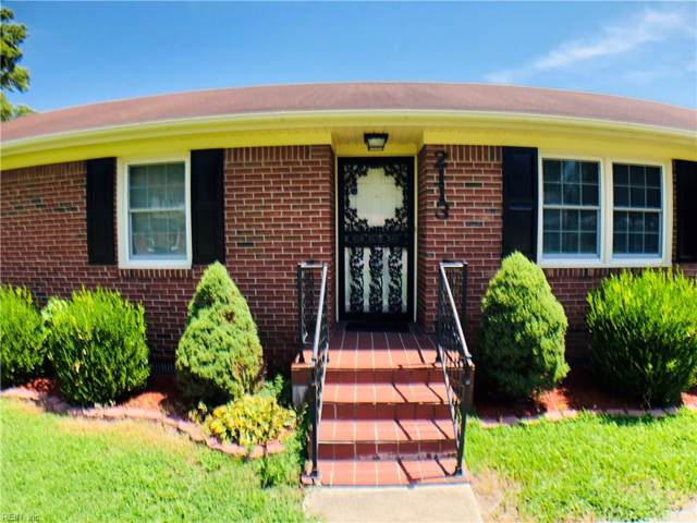2113 Hollins Ct, Chesapeake, VA 23320 (#10273111) :: RE/MAX Central Realty