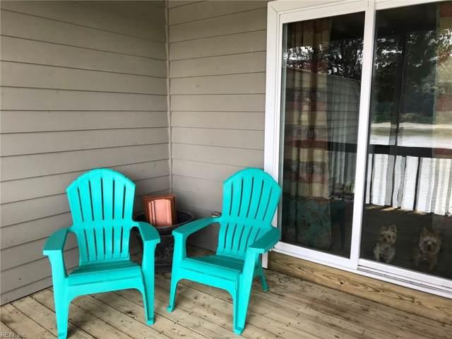2923 Seashore Pt, Virginia Beach, VA 23454 (#10273243) :: Kristie Weaver, REALTOR