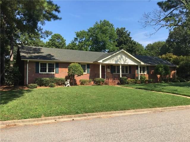 1109 Pickwick Rd, Virginia Beach, VA 23455 (MLS #10275322) :: Chantel Ray Real Estate