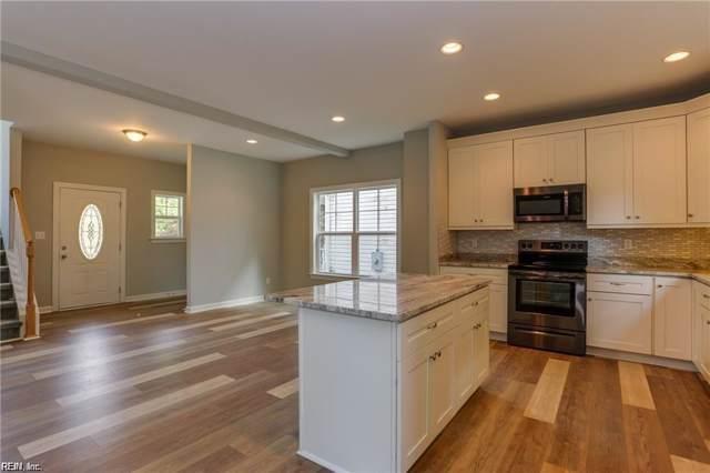 110 Dawson's Lake Ln, Suffolk, VA 23435 (#10275848) :: The Kris Weaver Real Estate Team