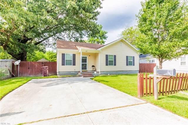 609 Wilton St, Chesapeake, VA 23324 (#10276020) :: The Kris Weaver Real Estate Team