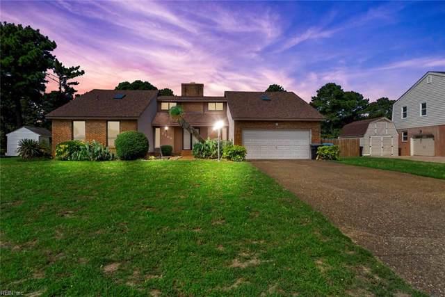 2105 W Kendall Cir, Virginia Beach, VA 23451 (MLS #10276099) :: Chantel Ray Real Estate
