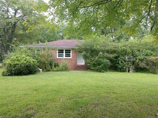 916 Bells Mill Rd, Chesapeake, VA 23322 (#10276727) :: Kristie Weaver, REALTOR