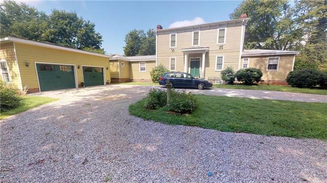 1012 Magruder Rd, Isle of Wight County, VA 23430 (MLS #10278279) :: Chantel Ray Real Estate