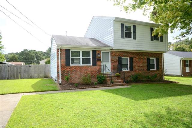 113 Tazewell Rd, Newport News, VA 23608 (MLS #10278863) :: Chantel Ray Real Estate