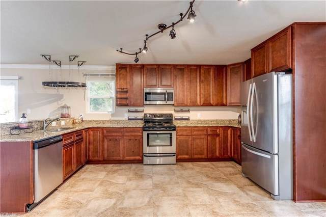 525 W 27th St, Norfolk, VA 23517 (MLS #10280334) :: Chantel Ray Real Estate