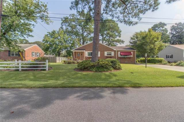 1460 Dermott Ave, Virginia Beach, VA 23455 (#10280609) :: Kristie Weaver, REALTOR