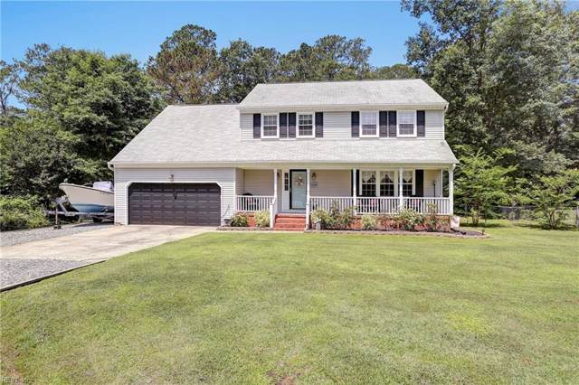 108 Rebecca Dr, York County, VA 23696 (#10280860) :: The Kris Weaver Real Estate Team