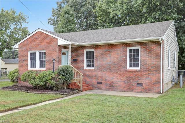 704 Sedgefield Dr, Newport News, VA 23601 (#10281680) :: The Kris Weaver Real Estate Team