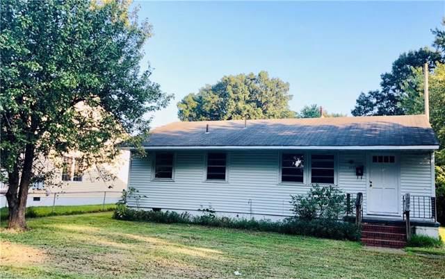 303 W Lewis Rd, Hampton, VA 23666 (MLS #10281689) :: Chantel Ray Real Estate