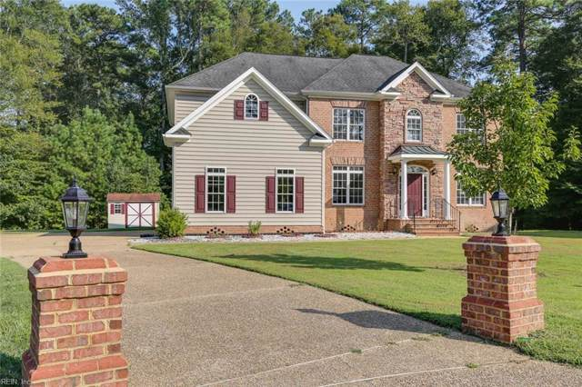 305 Tabb Ln, York County, VA 23693 (#10281781) :: The Kris Weaver Real Estate Team