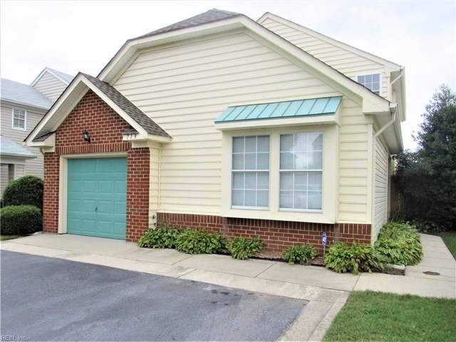 719 Whisper Walk Walk, Chesapeake, VA 23322 (#10282450) :: Momentum Real Estate