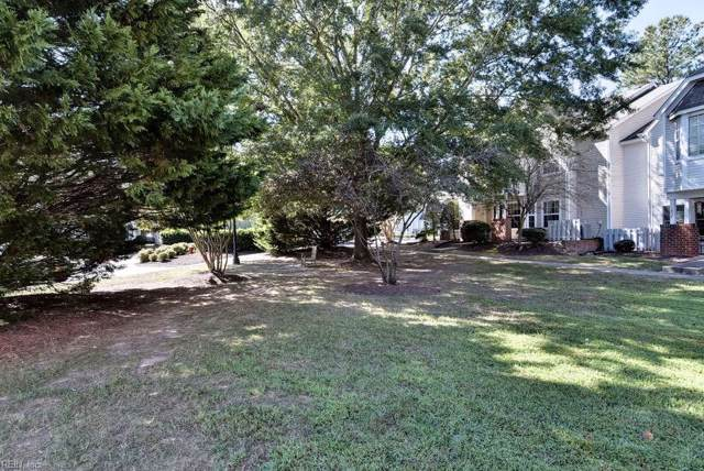 107 Stratford Dr K, York County, VA 23185 (#10282547) :: RE/MAX Central Realty