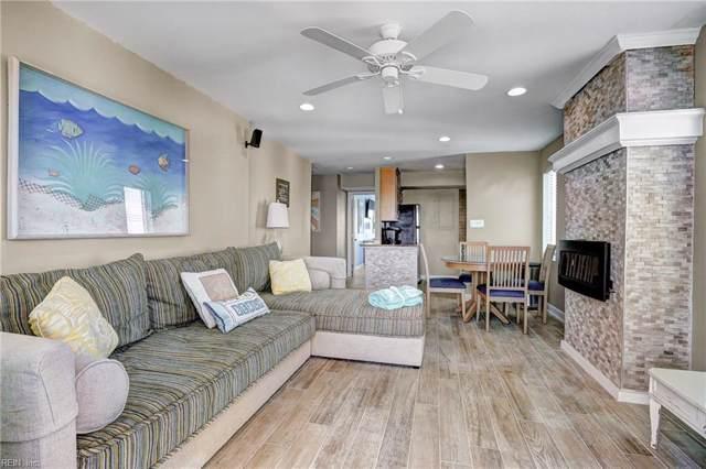 303 Atlantic Ave #1400, Virginia Beach, VA 23451 (MLS #10282665) :: Chantel Ray Real Estate