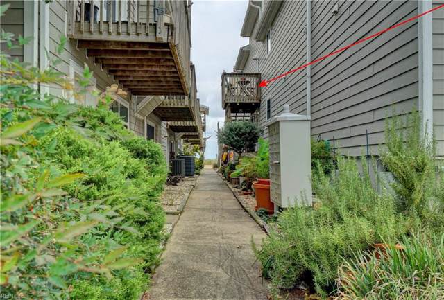 1054 E Ocean View Ave, Norfolk, VA 23503 (MLS #10282692) :: Chantel Ray Real Estate