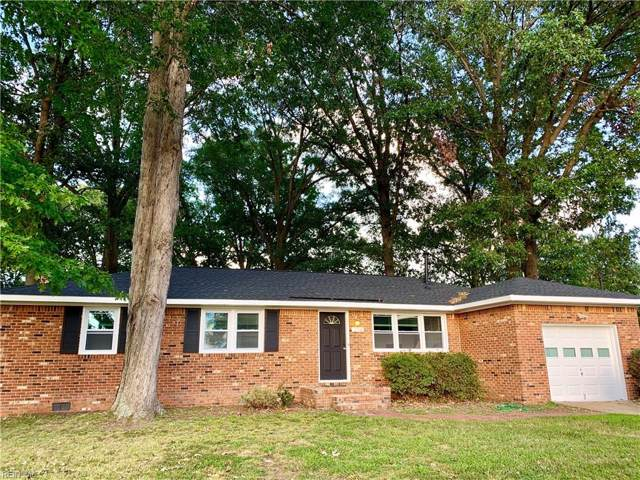 214 Mccosh Dr, Chesapeake, VA 23320 (MLS #10282730) :: Chantel Ray Real Estate