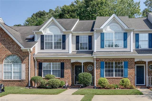 434 S Lake Cir, Chesapeake, VA 23322 (#10284546) :: Atkinson Realty