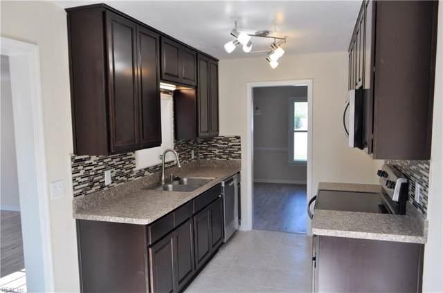 2208 Elmington Cir, Virginia Beach, VA 23454 (#10285813) :: Encompass Real Estate Solutions