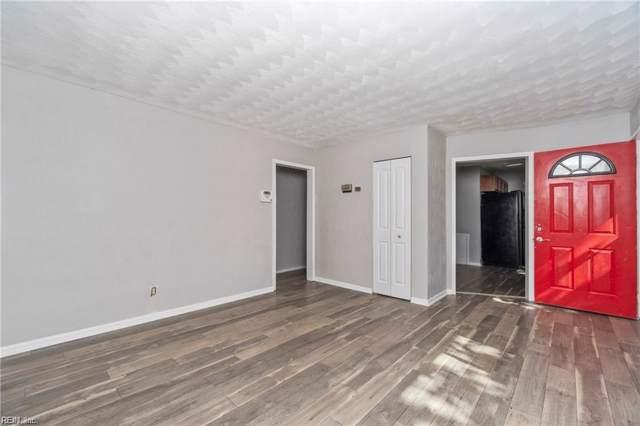 801 Aragona Blvd, Virginia Beach, VA 23455 (#10285950) :: The Kris Weaver Real Estate Team