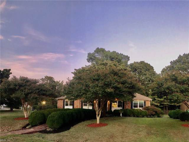 1605 York River Dr, Gloucester County, VA 23062 (MLS #10286356) :: Chantel Ray Real Estate