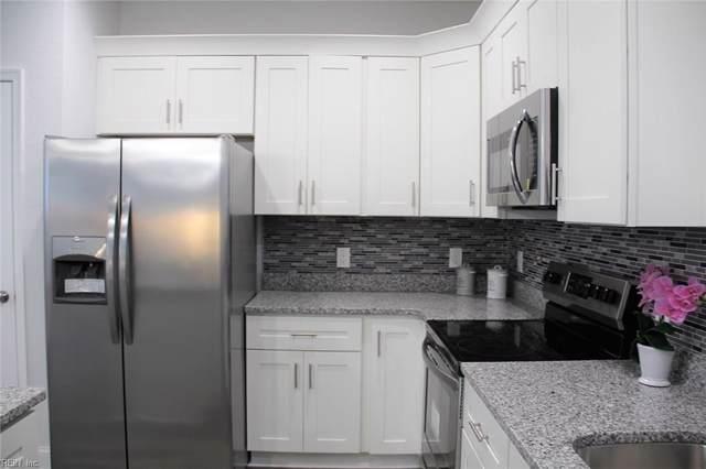 637 Rolfe St, Hampton, VA 23661 (MLS #10286830) :: Chantel Ray Real Estate
