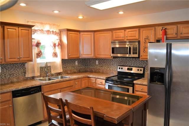 3911 High St, Portsmouth, VA 23707 (MLS #10290877) :: Chantel Ray Real Estate