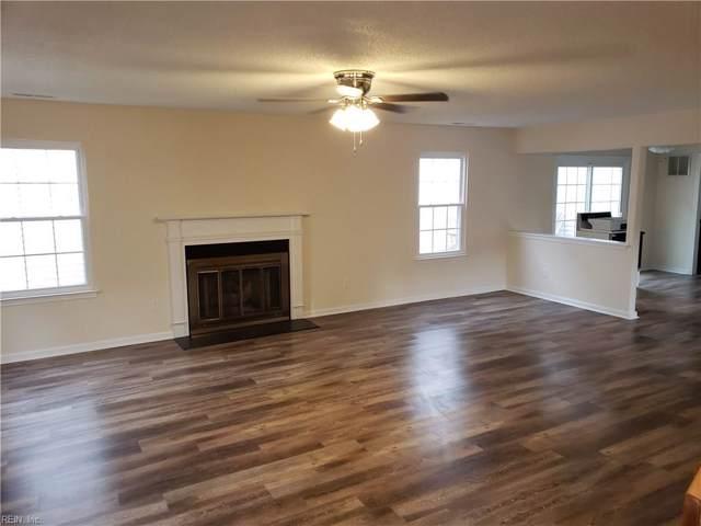 872 Gas Light Ln, Virginia Beach, VA 23462 (#10291839) :: Berkshire Hathaway HomeServices Towne Realty