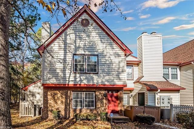 1012 Saint Andrews Way D, Chesapeake, VA 23320 (#10292883) :: Berkshire Hathaway HomeServices Towne Realty