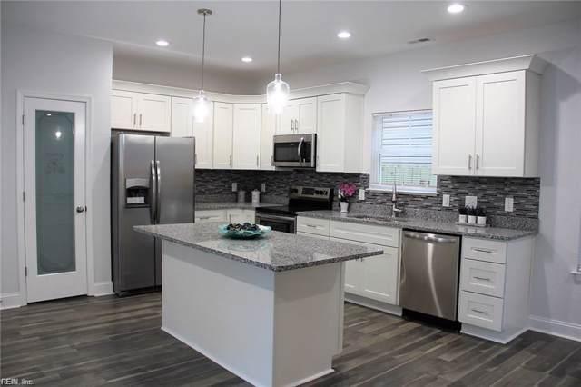 320 Pennsylvania Ave, Hampton, VA 23661 (MLS #10295180) :: Chantel Ray Real Estate
