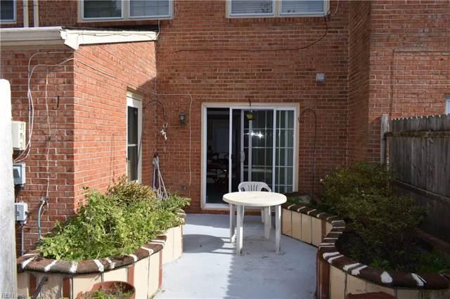 14573 Old Courthouse Way C, Newport News, VA 23608 (#10295548) :: Rocket Real Estate