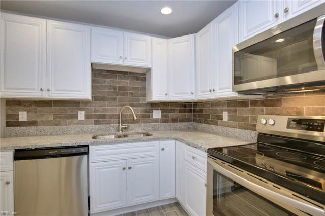 609 W Little Creek Rd, Norfolk, VA 23505 (MLS #10296858) :: Chantel Ray Real Estate