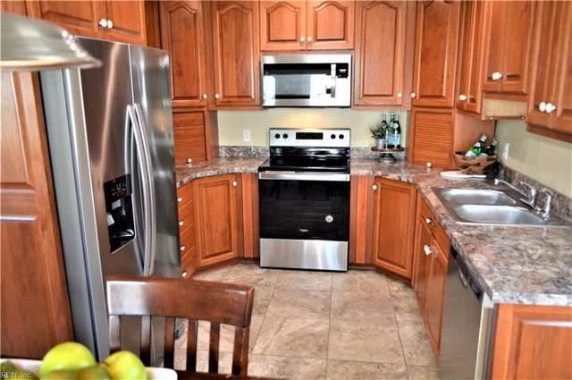 1007 Rollins Cir, Hampton, VA 23663 (#10297239) :: Rocket Real Estate