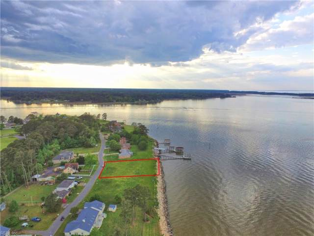 9381 Rivershore Dr, Suffolk, VA 23433 (MLS #10297275) :: Chantel Ray Real Estate