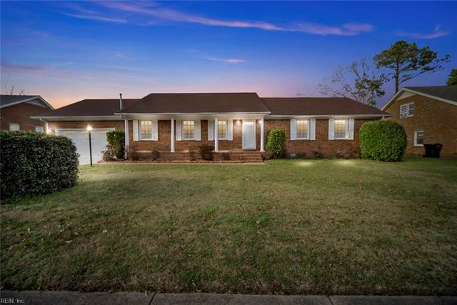 681 Lord Dunmore Dr, Virginia Beach, VA 23464 (MLS #10297680) :: Chantel Ray Real Estate