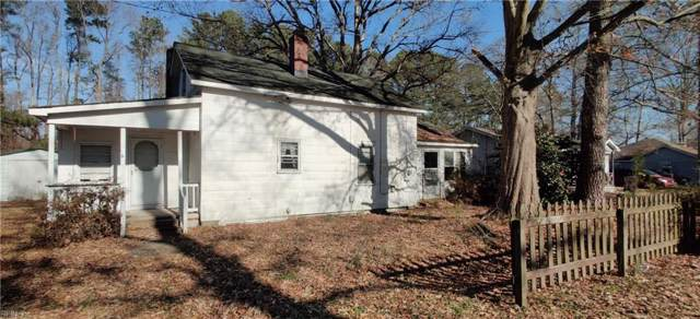 119 Lake St, Chesapeake, VA 23323 (MLS #10297915) :: Chantel Ray Real Estate
