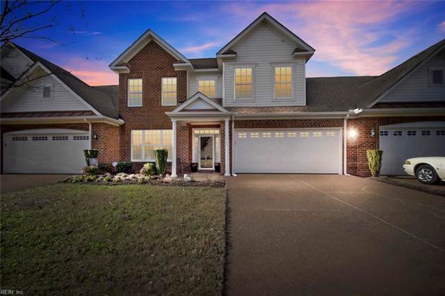 1517 Eagle Glen Dr, Chesapeake, VA 23322 (#10297981) :: Kristie Weaver, REALTOR