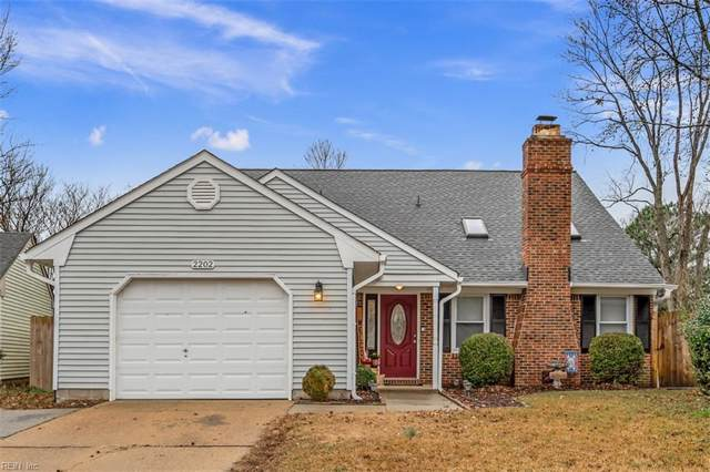 2202 Shepherd's Ct, Chesapeake, VA 23320 (#10298685) :: Kristie Weaver, REALTOR