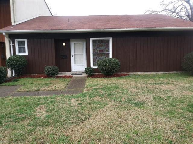 1423 E Tanners Creek Dr, Norfolk, VA 23513 (#10298842) :: Rocket Real Estate