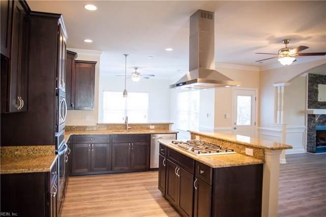 656 Vaughan Ave, Hampton, VA 23661 (#10299243) :: Atlantic Sotheby's International Realty