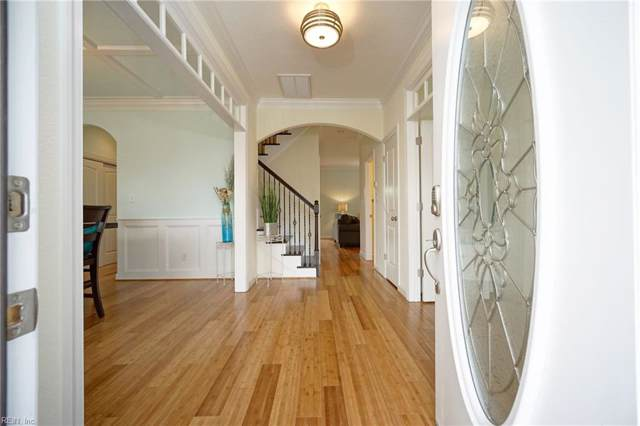 645 S Rosemont Rd, Virginia Beach, VA 23452 (MLS #10299553) :: Chantel Ray Real Estate