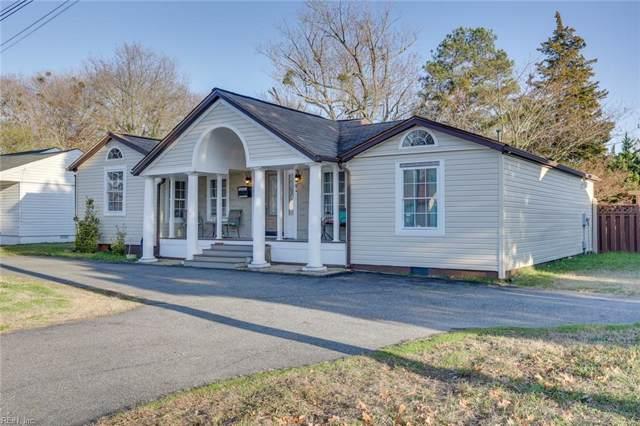 102 Fox Hill Rd, Hampton, VA 23669 (#10299829) :: Kristie Weaver, REALTOR