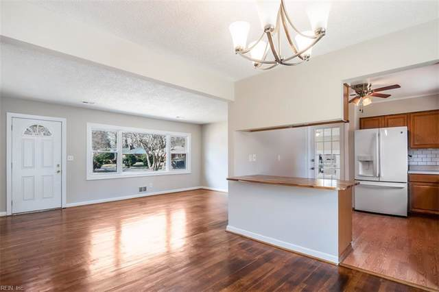 8050 Meadow Creek Rd, Norfolk, VA 23518 (#10300081) :: Atlantic Sotheby's International Realty