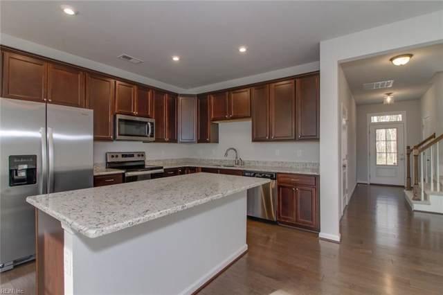 612 Revival Ln, Virginia Beach, VA 23462 (#10300089) :: Berkshire Hathaway HomeServices Towne Realty