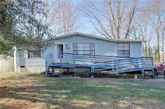 202 Cattail Ln, York County, VA 23693 (#10300265) :: Atkinson Realty
