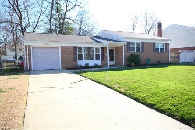 832 Chatsworth Dr, Newport News, VA 23601 (MLS #10300946) :: Chantel Ray Real Estate