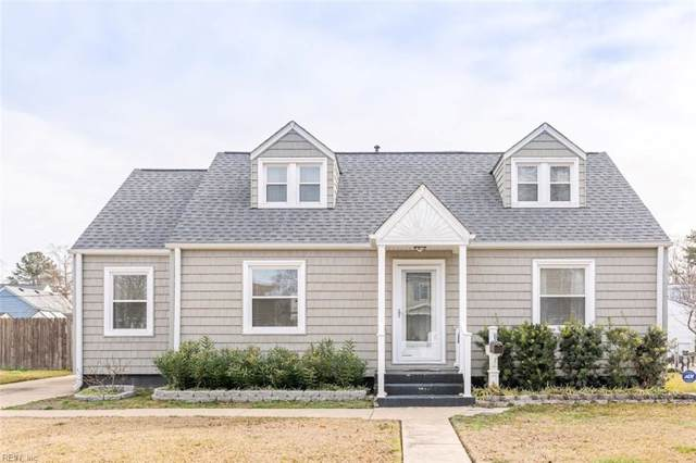 8134 Foxdale Dr, Norfolk, VA 23518 (MLS #10301011) :: Chantel Ray Real Estate